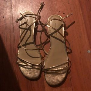 Banana republic sandals size 10/9